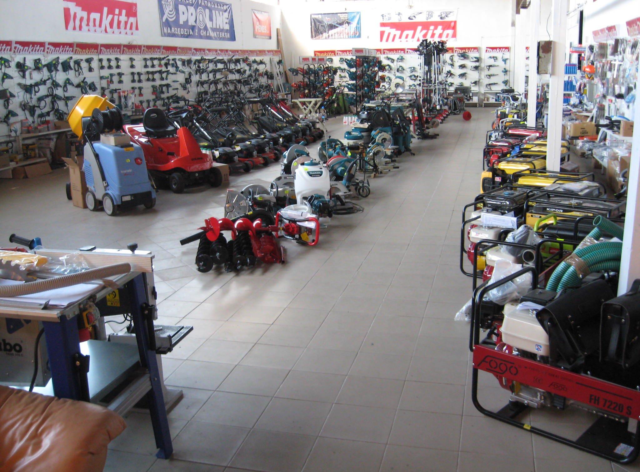 Widok wnętrza sklepu 10